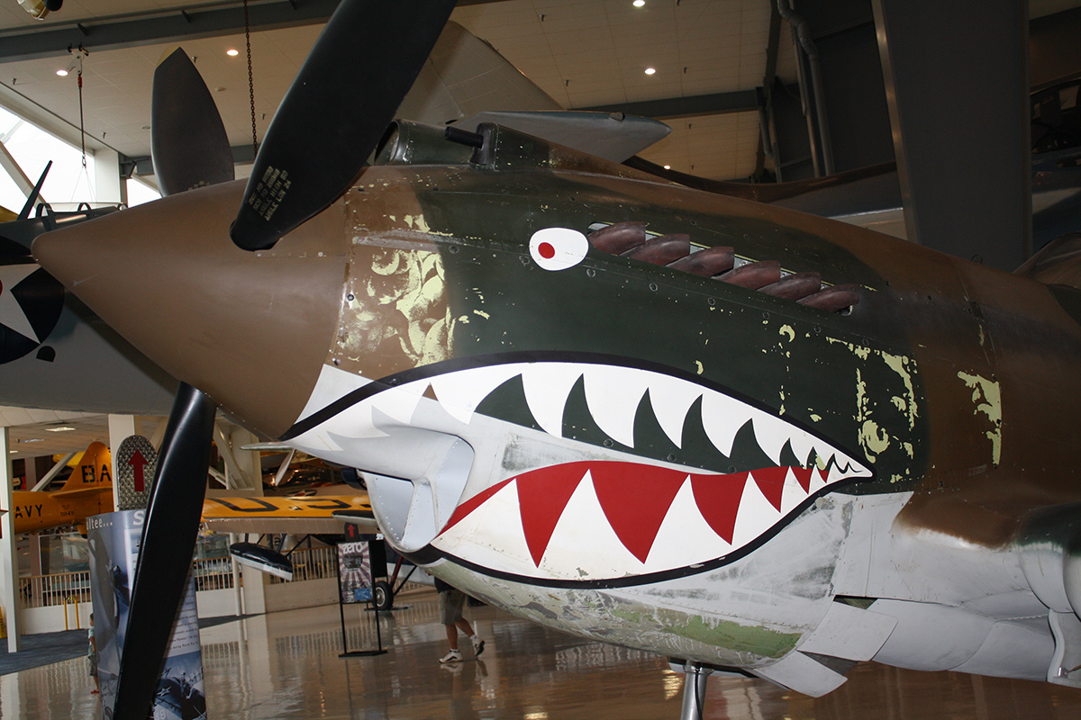 Curtiss P-40B Tomahawk | Flickr/Donnie/Creative Commons (CC BY-NC-SA 2.0)