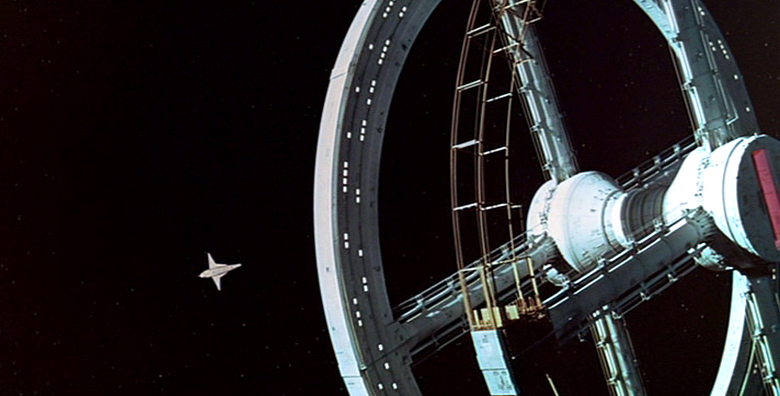 """""""2001: A Space Odyssey"""" Space Station and Orion Space Plane 