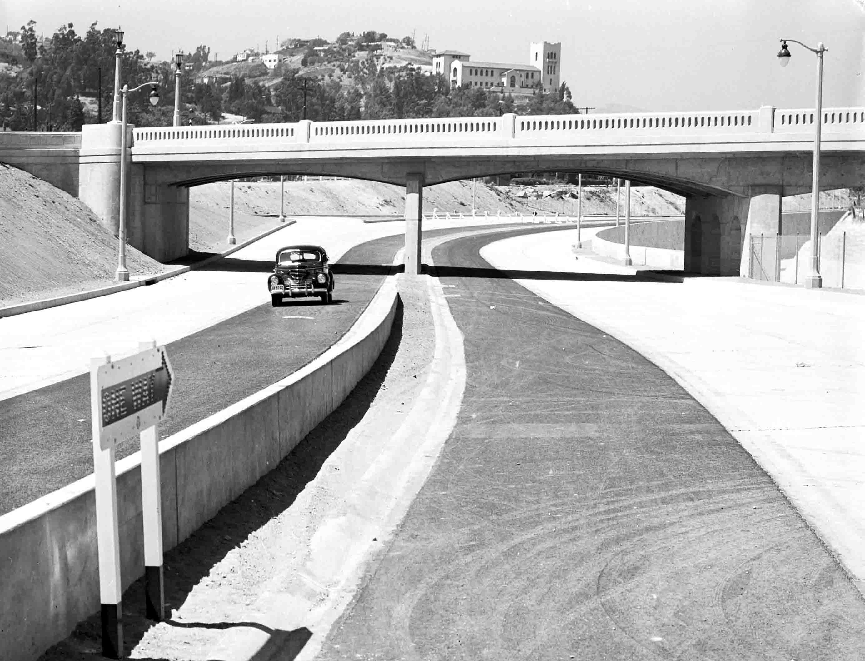 The Arroyo Seco Parkway after its completion in 1940. Courtesy of the Automobile Club of Southern California Archives.