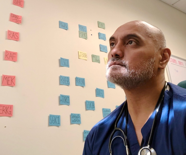 Dr. Raynald Samoa, an endocrinologist at City of Hope, heads a team of Pacific Islander leaders from around the country who are responding to the pandemic. | Nicholaus Arnzen