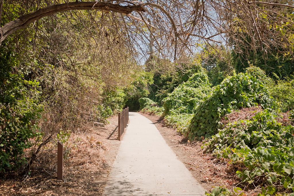 Whittier-Narrows Walkway.jpg