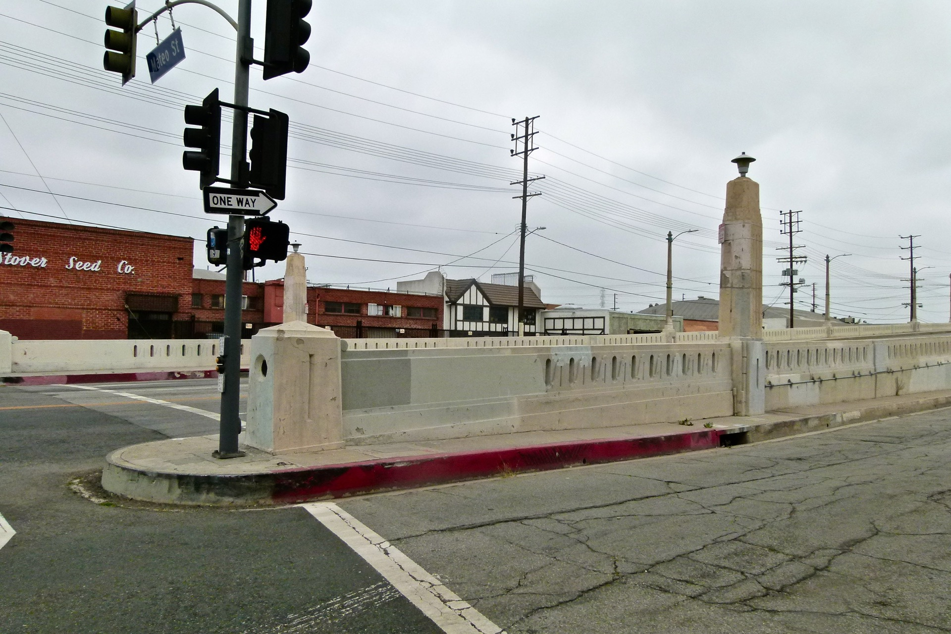 6th_street_bridge_001.jpg