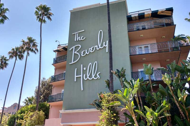 The Beverly Hills Hotel facade. | Alex Millauer/Shutterstock