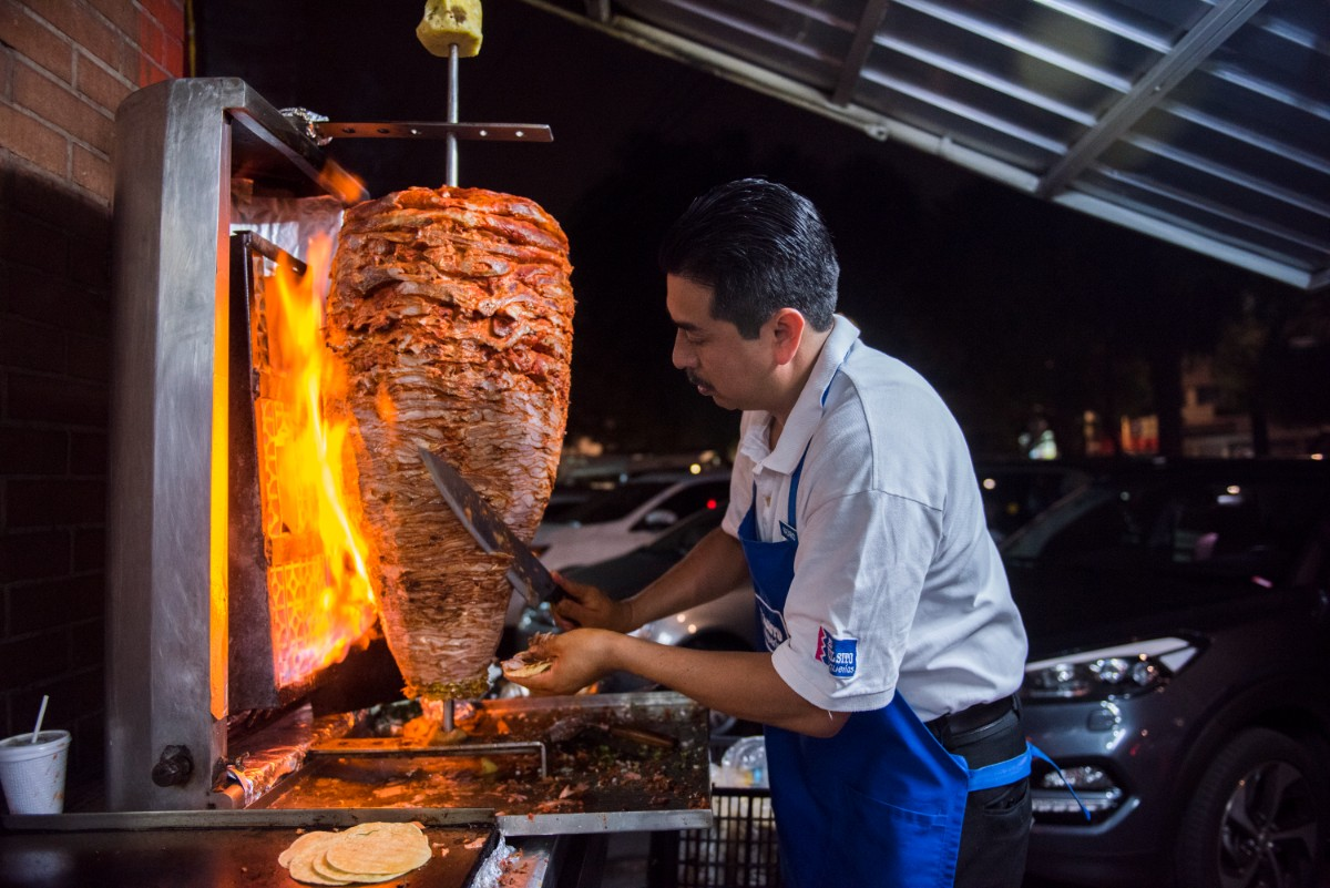A pastorero at Vilsito, a taquería in Mexico City | Ana Tello/Eat Mexico