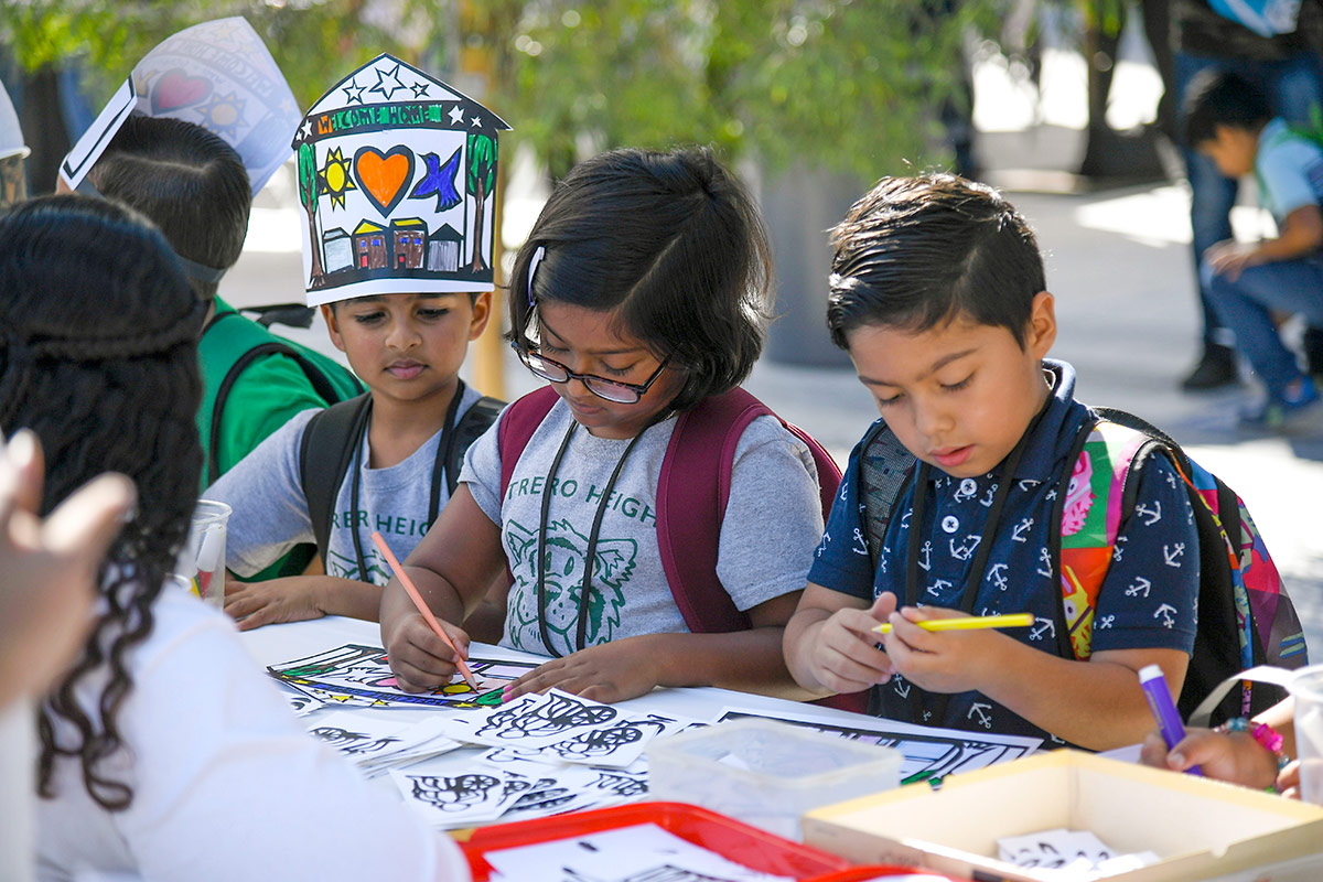 Potrero Heights Elementary School students have the opportunity to express themselves through art at The Music Center's Very Special Arts Festival, which celebrates artistic achievements of students with all abilities. | Courtesy of The Music Center.