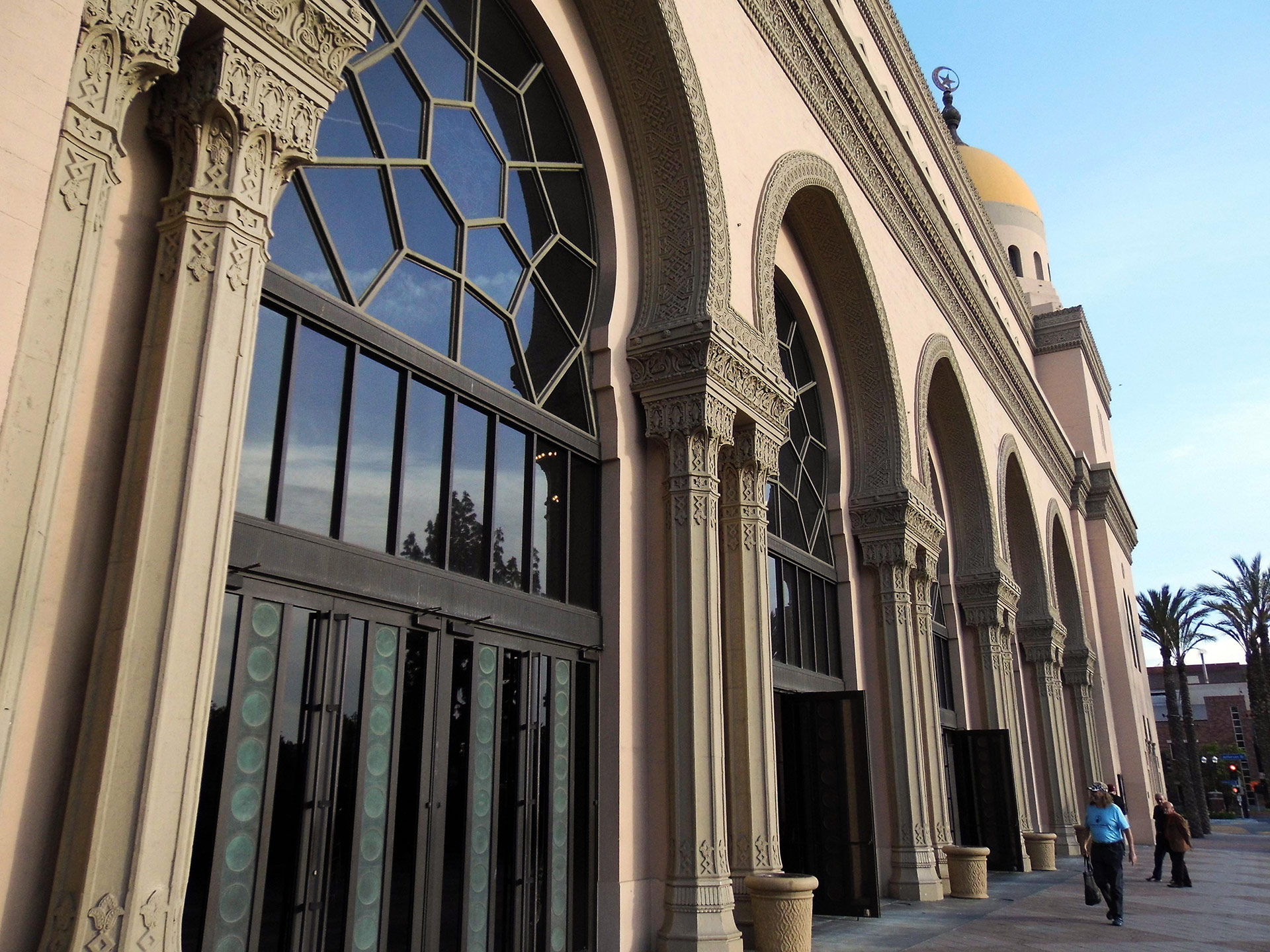 The Shrine Auditorium and Expo Hall's design evokes Arabic influences and Islamic art. | Sandi Hemmerlein