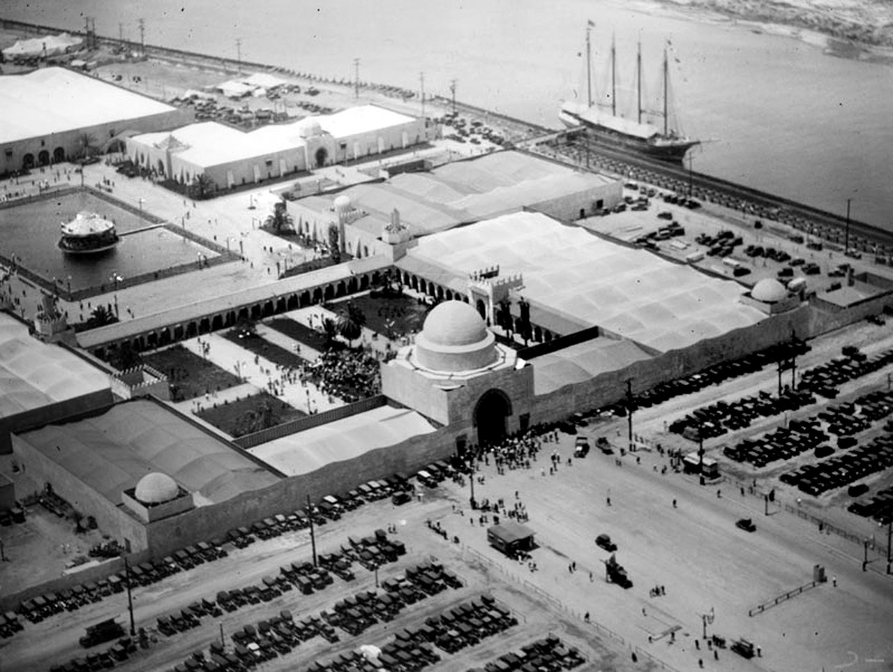 Aerial View. Most of the fair's buildings were roofed with canvas sheets. The walls were stuccoed wallboard. Photograph courtesy of Security Pacific National Bank Collection, Los Angeles Public Library