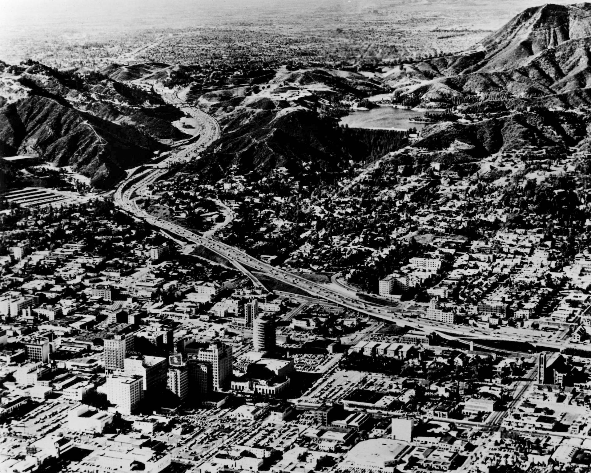 Aerial view of the Hollywood Freeway in Hollywood