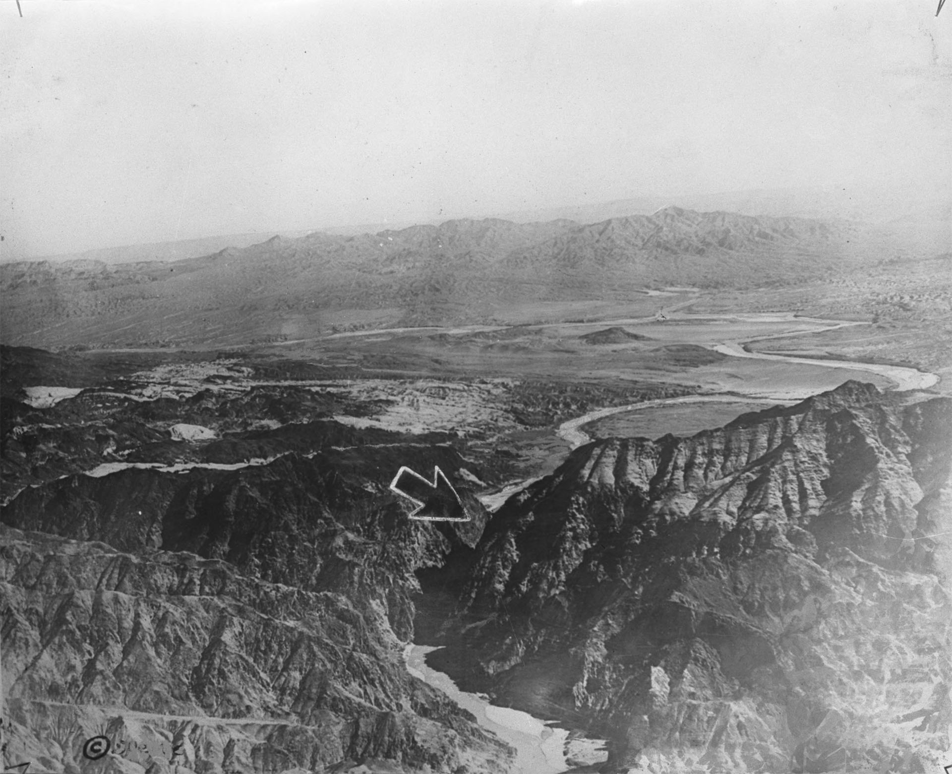 Photo of area where Boulder [Hoover] Dam site proposed, circa 1921