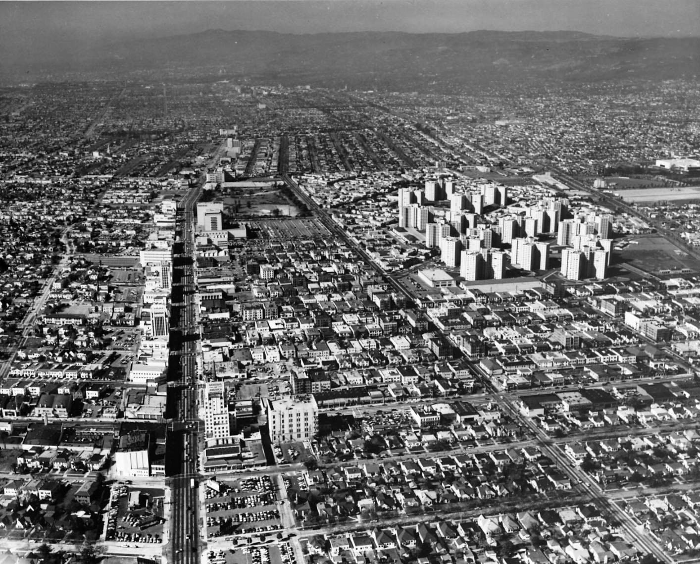 Aerial view of the Miracle Mile and Park La Brea, 1954.