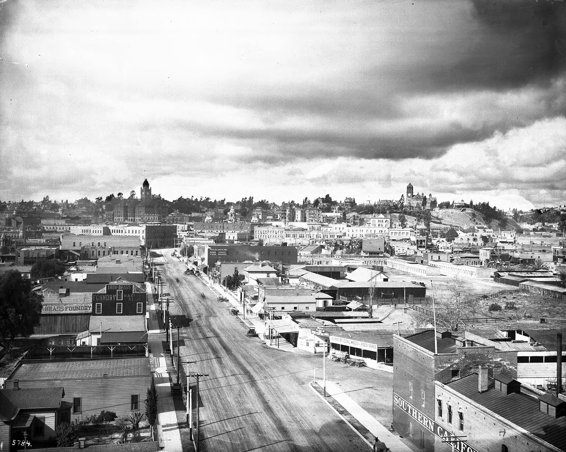 Aliso Street in 1899, looking west toward downtown Los Angeles. Courtesy of the USC Libraries - California Historical Society Collection.