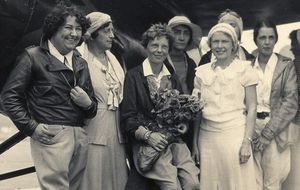 Pancho Barnes and Amelia Earhart with fellow pilots from the 1929 Powder Puff Derby | Courtesy of Pancho Barnes Trust Estate Archive