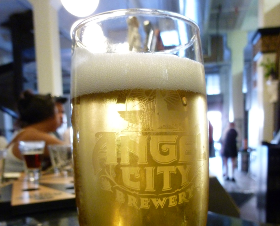 Angel City Brewery: LAX