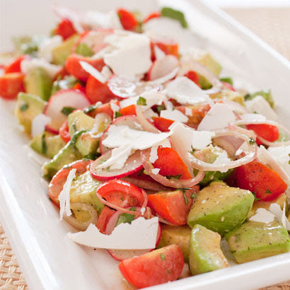 Avocado Salad with Tomato and Radish