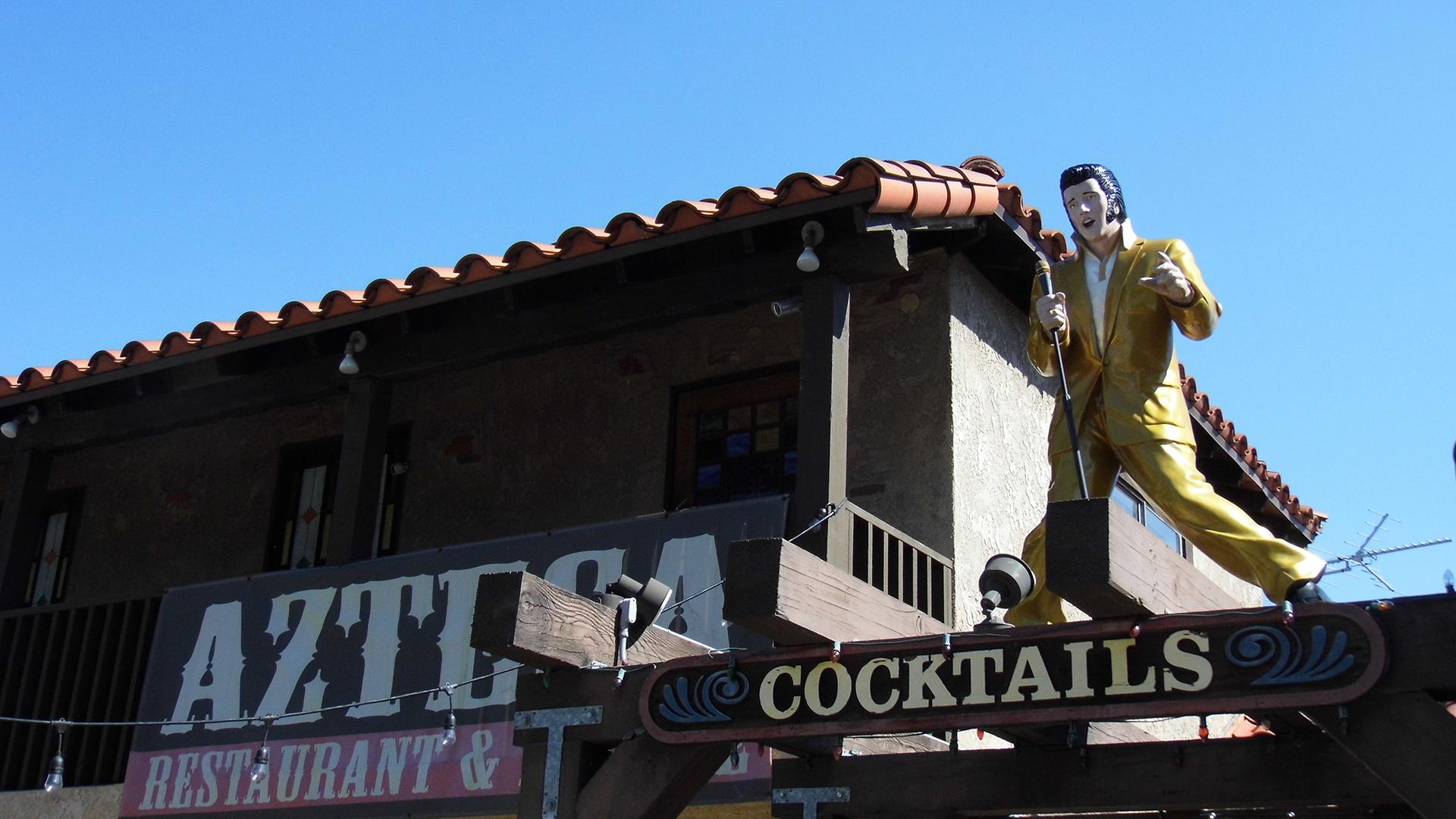 Azteca Restaurant and Lounge