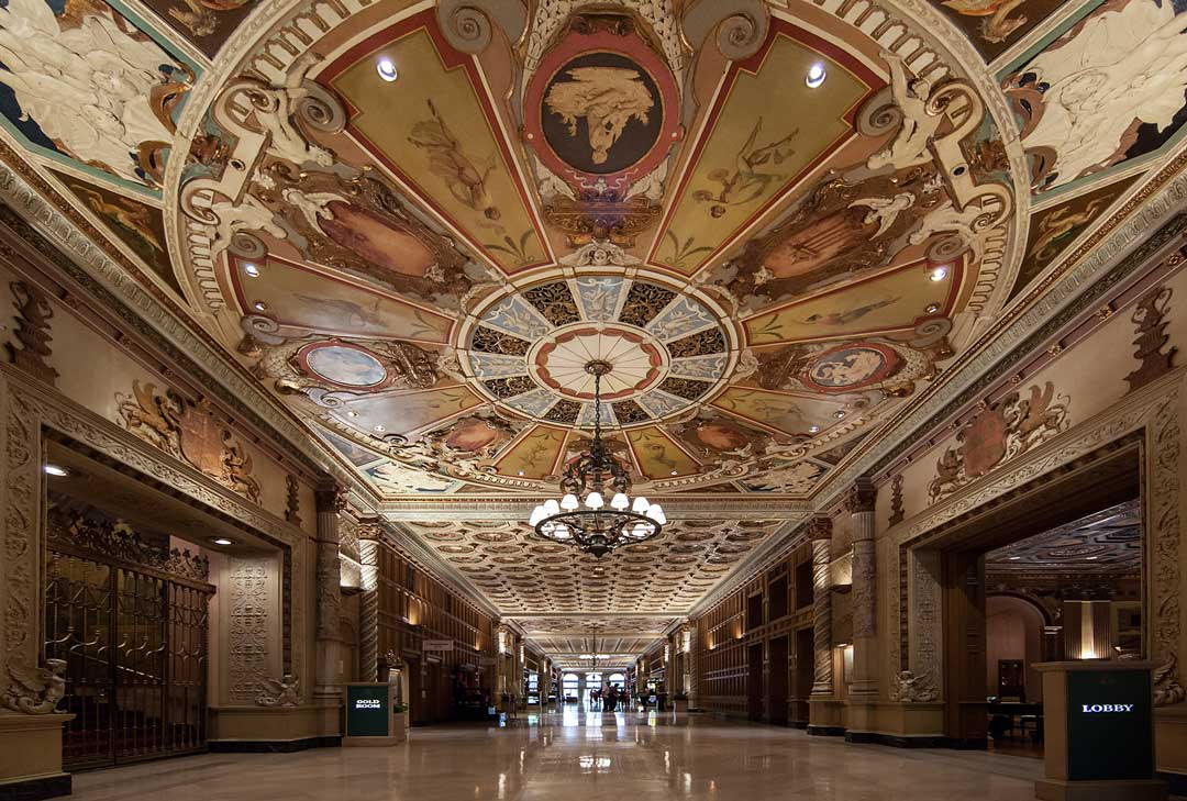 Millenium Biltmore | Christi Nielsen / Flickr / CC BY-NC-ND 2.0