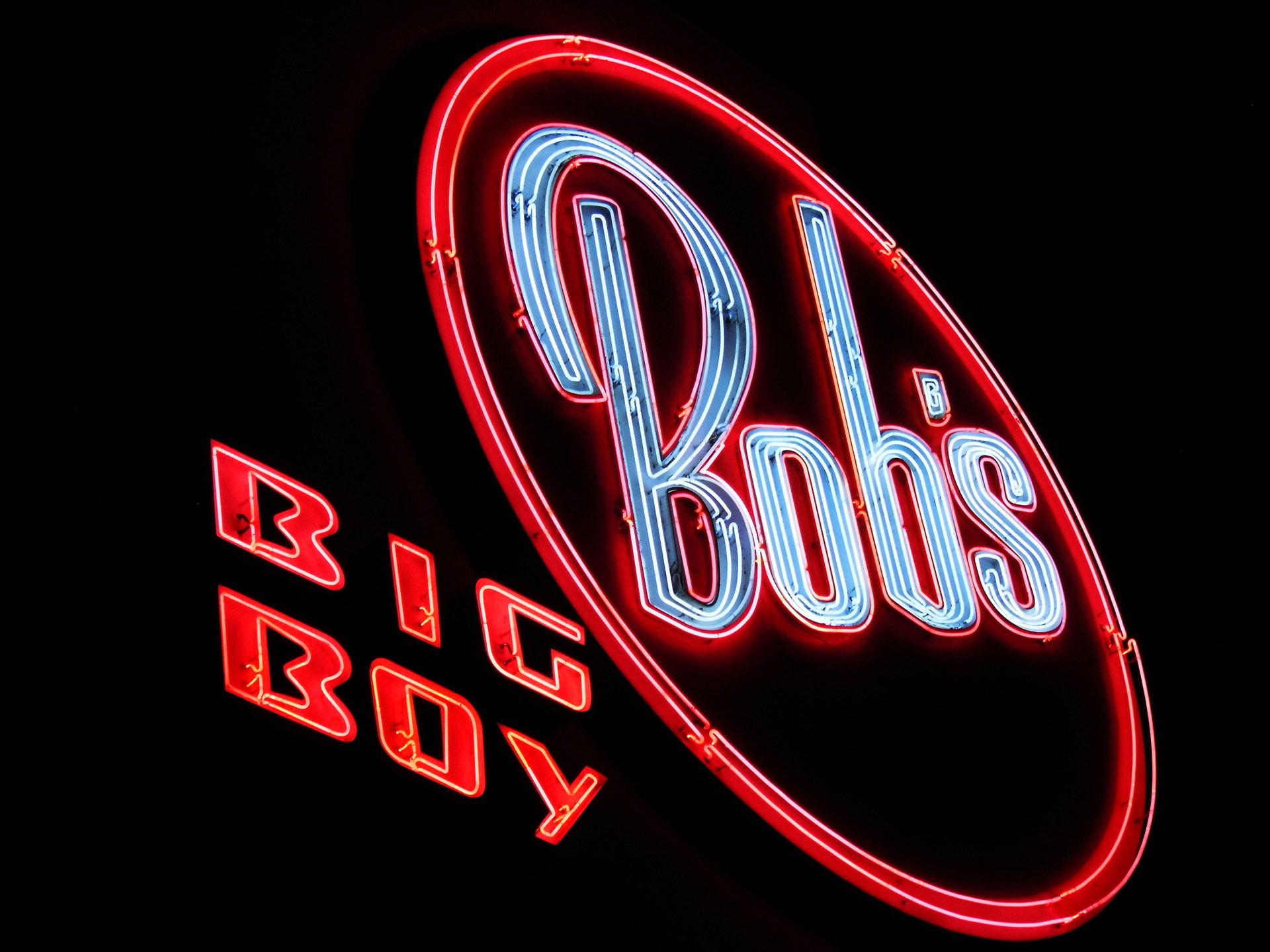 Bob's Big Boyin Toluca Lake | Sandi Hemmerlein