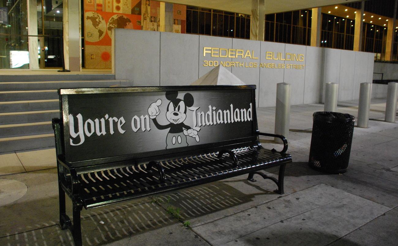Bus bench by Votan Henriquez.