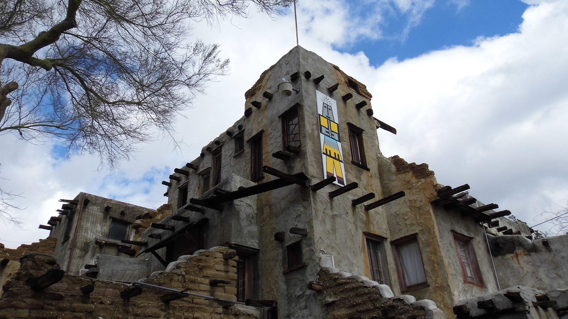cabot's pueblo museum