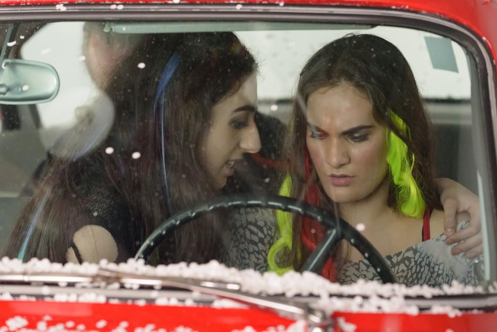Soprano Emma MacKenzie and soprano Rowen Sabala filming Vireo car scenes | David Soderlund