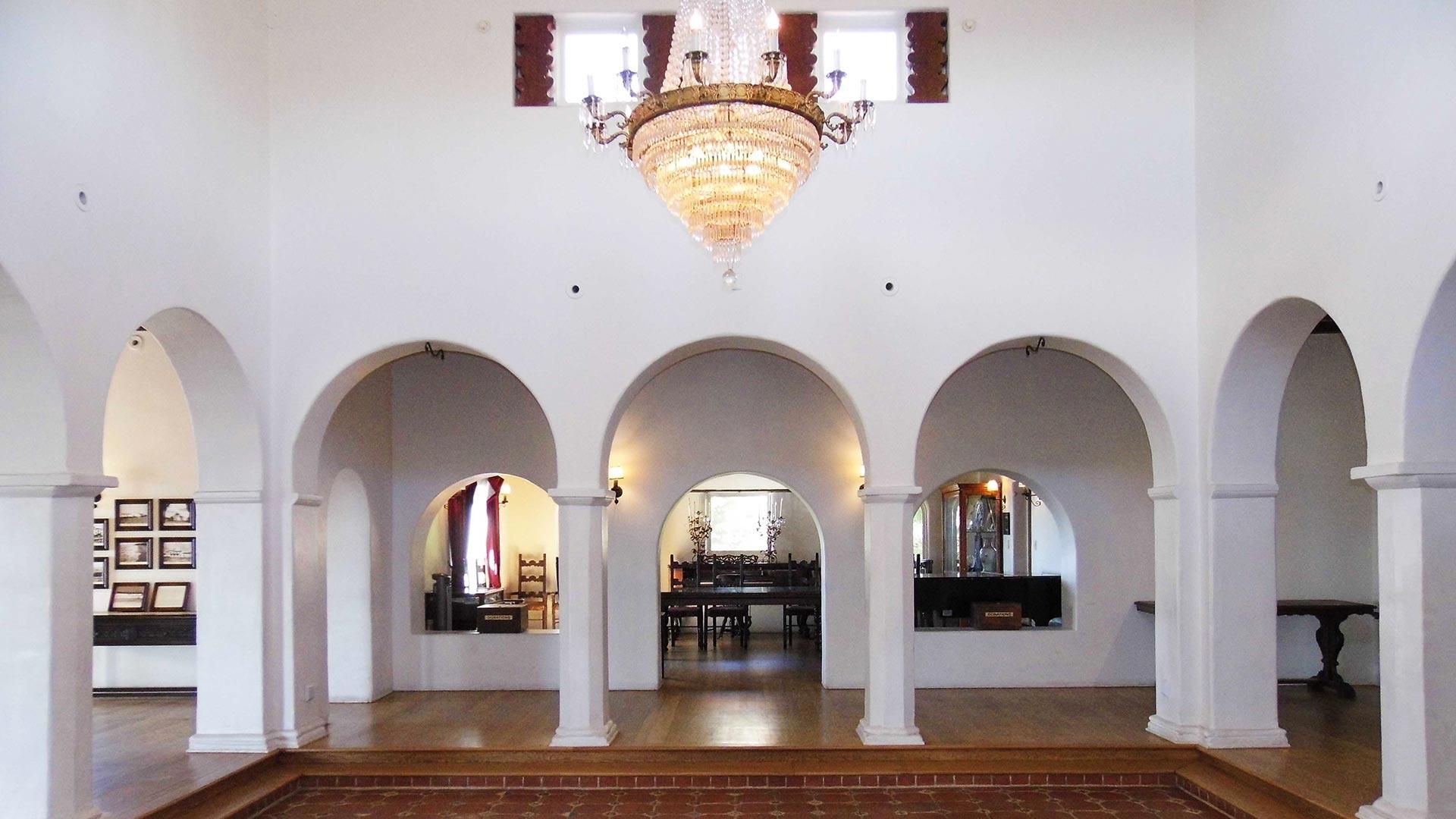 Arches adorn the interior of the Casa Romantica Cultural Center.