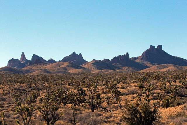 castle-peaks-2-11-16.jpg
