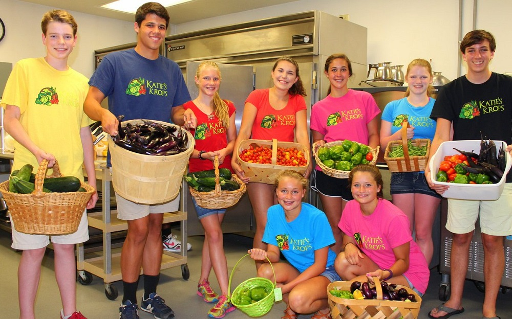 Katie Stagliano w/ Other Young Growers