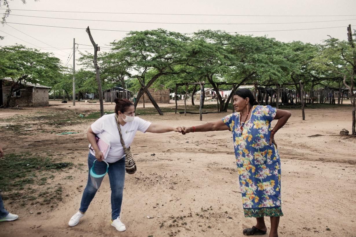 UNHCR's Nansen Refugee Award Laureate 2020, Mayerlin Vergara (left), in Riohacha, Colombia. | Courtesy UNHCR/Nicolo Filippo Rosso
