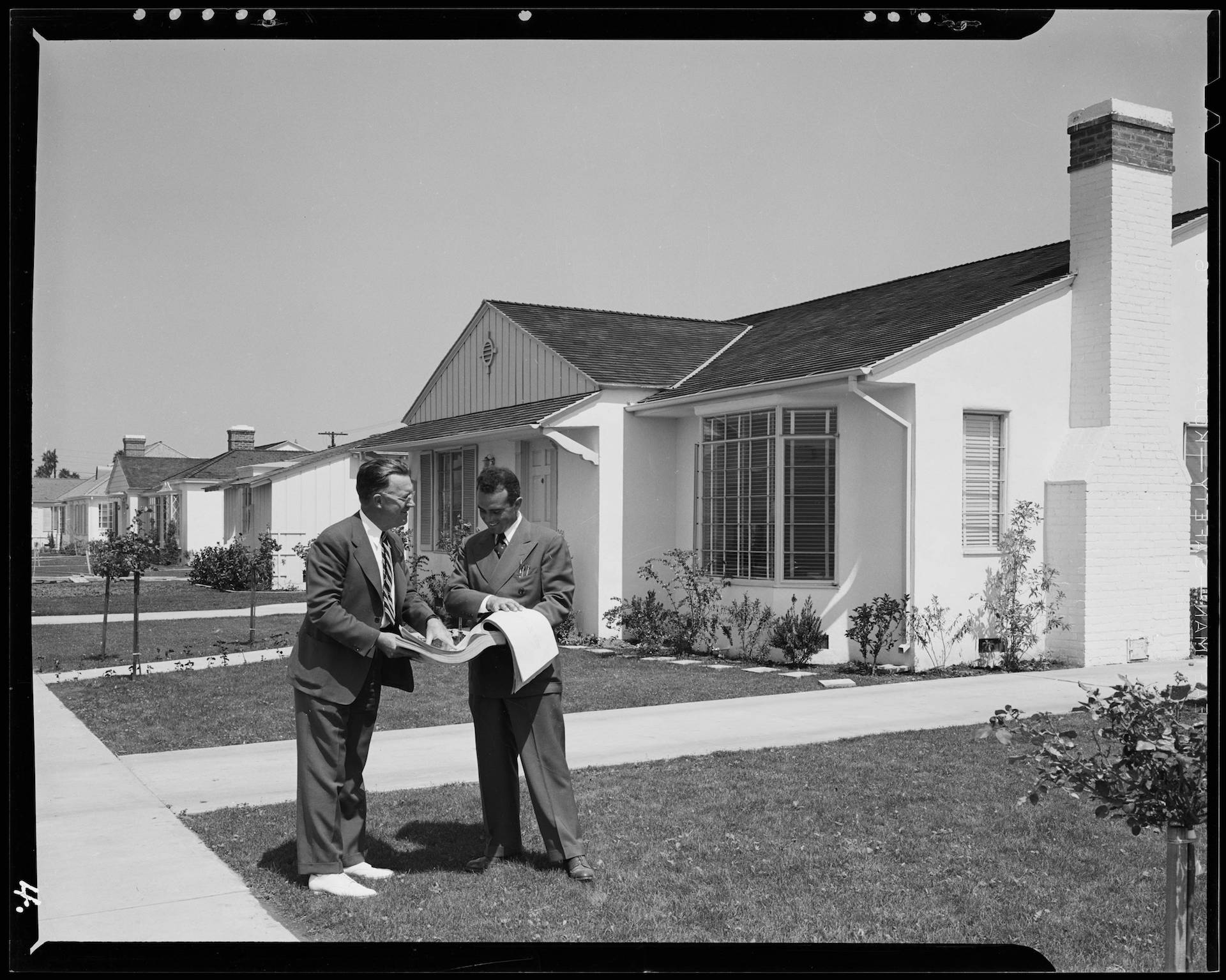 A 1940 publicity shot for the Crenshaw Park housing development