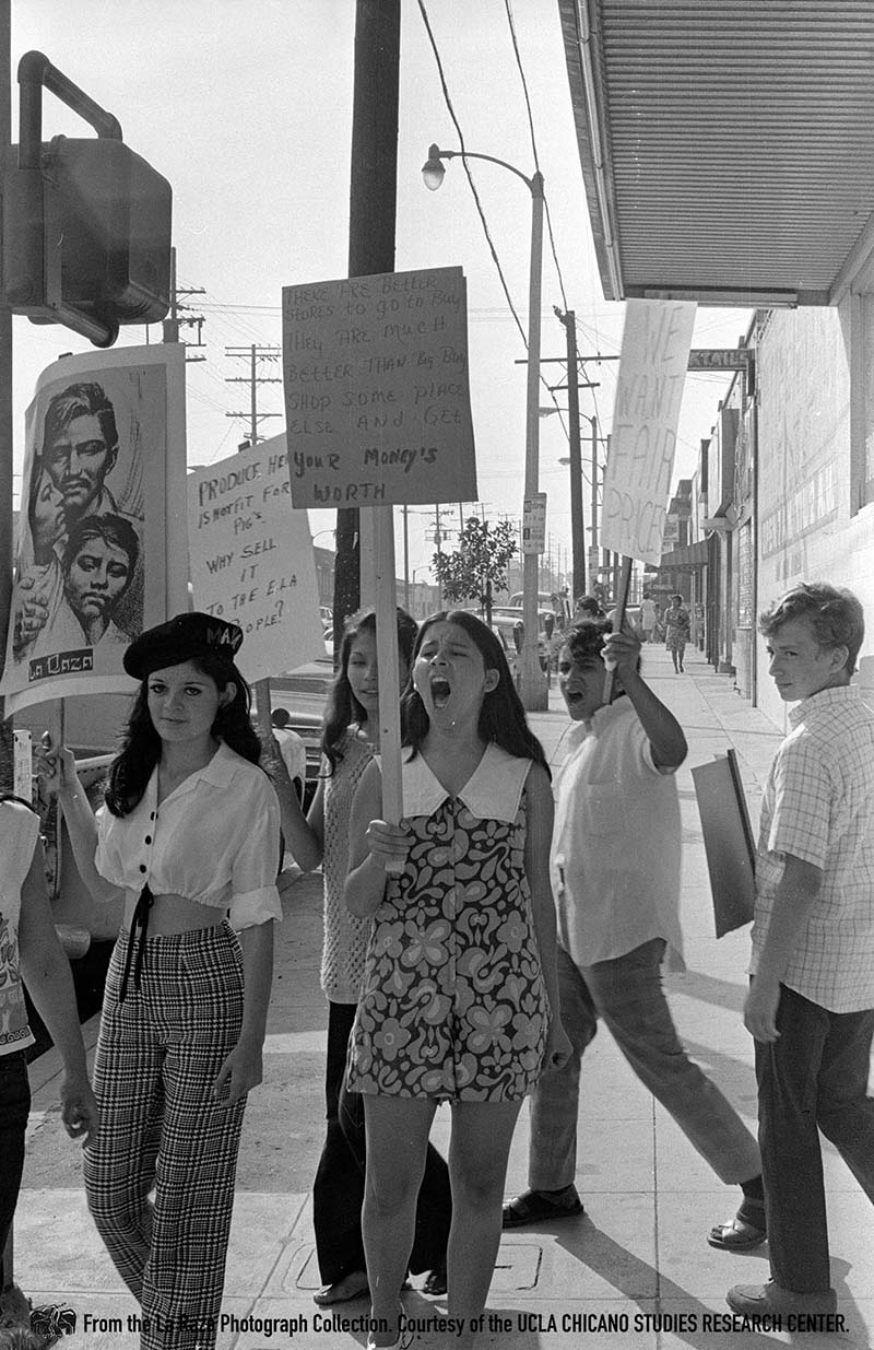 CSRC_LaRaza_B12F6S2_N003 Women demonstrate against the Big Buy Market in East Los Angeles | Devra Weber, La Raza photograph collection. Courtesy of UCLA Chicano Studies Research Center