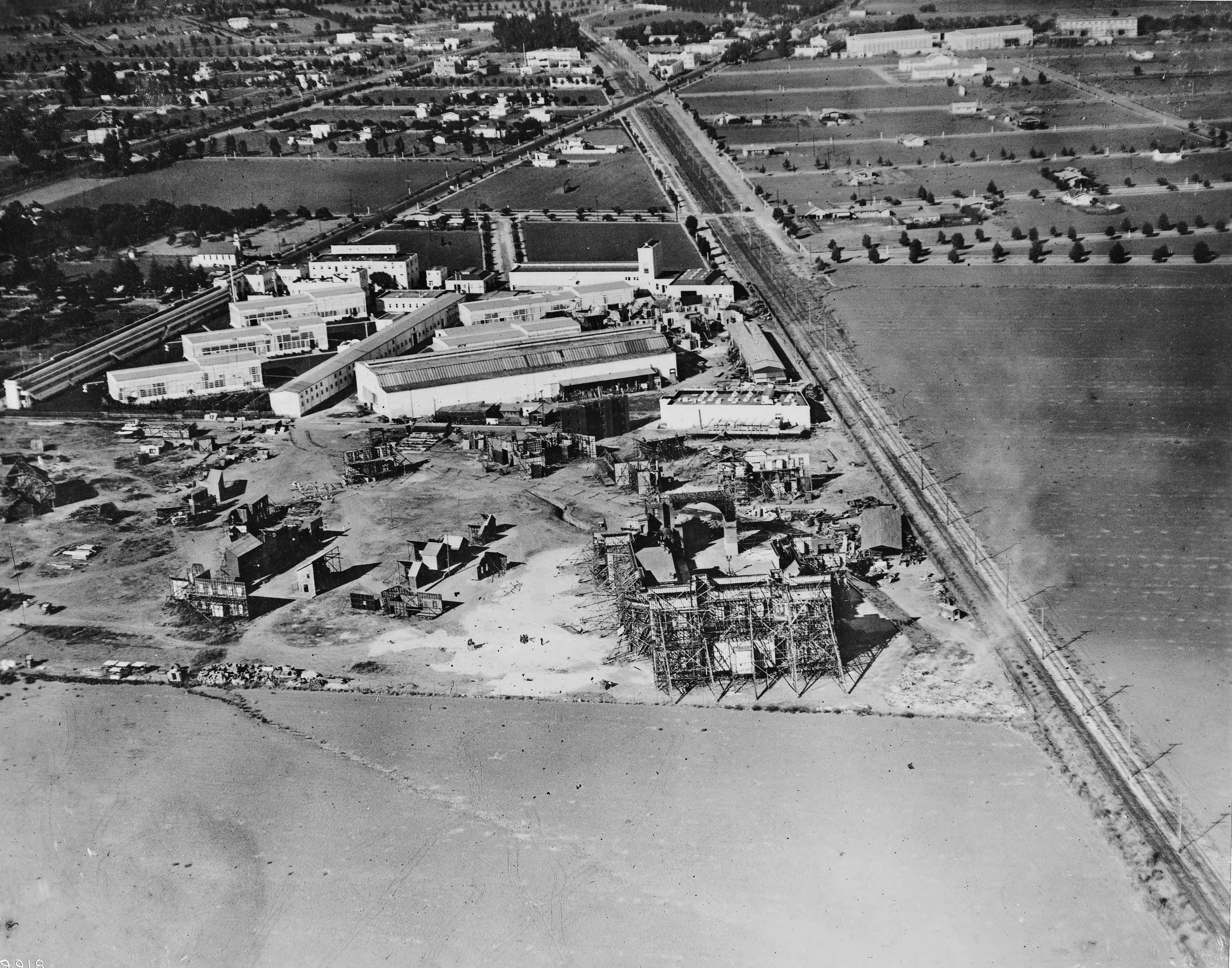 Aerial view of Goldwyn Studios, Culver City, 1919