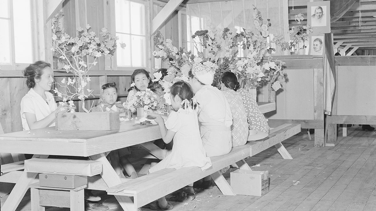 Making artificial flowers in the Art School at Manzanar Relocation Center. | Dorothea Lange via Densho.org ABs10 MMD