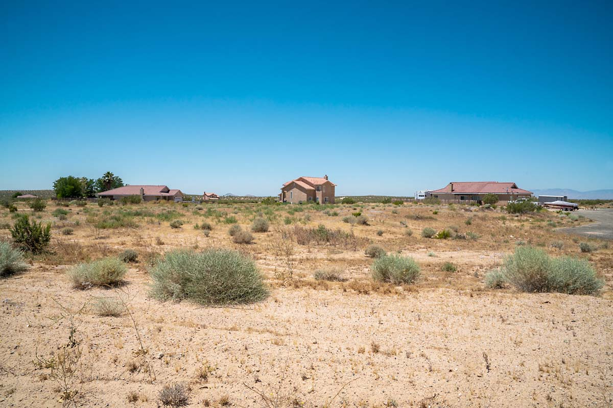 Four of the dozen isolated homes near Silver Saddle Ranch, located 26 miles east from California City's town center. | Kim Stringfellow