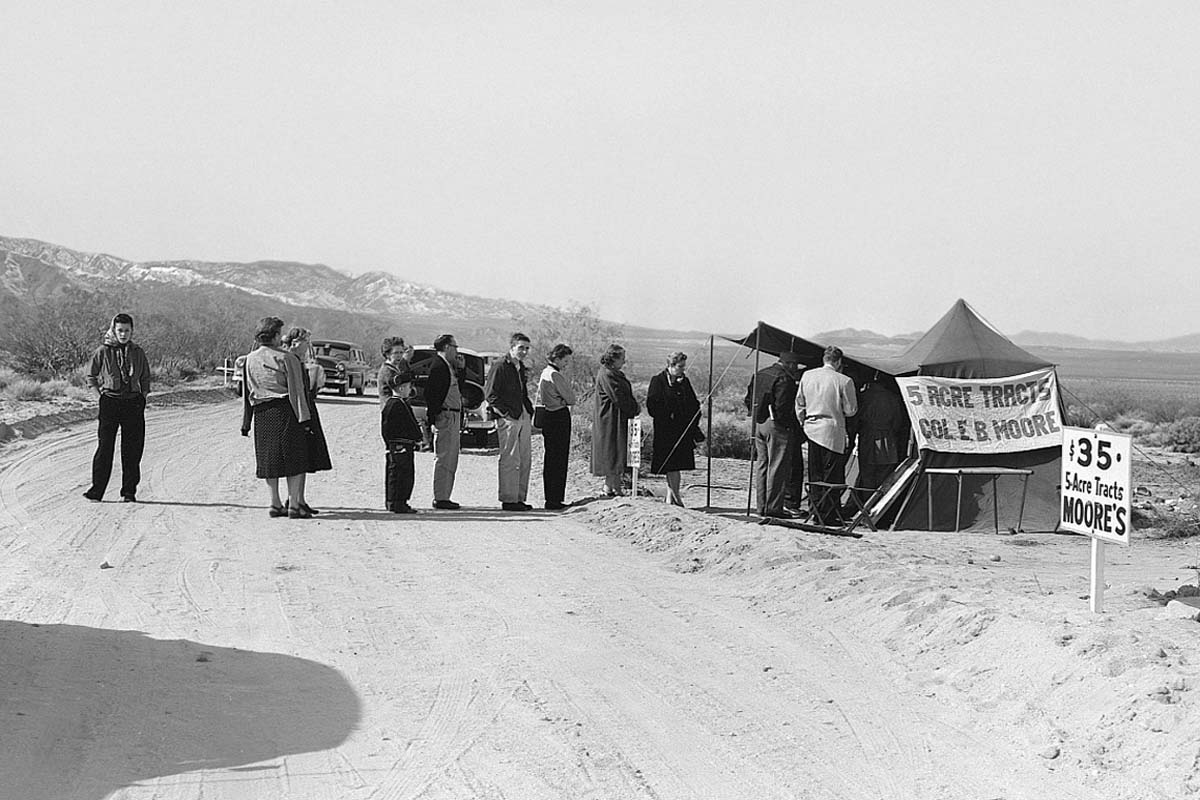 The Moores were popular Small Tract land locators in the Morongo Basin during the 1950s. | Courtesy of Twentynine Palms Historical Society
