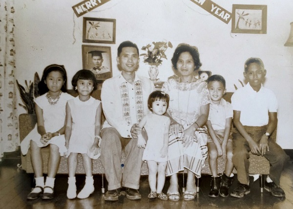 The Diao family in the Philippines. The author's father is second from right.