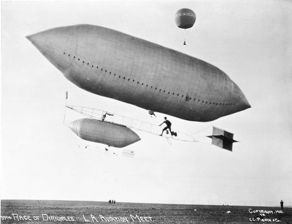 dirigible_race_examiner-thumb-600x461-16665.jpg