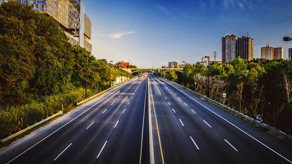 The Don Valley Parkway in Toronto | Photo: Ashton Pal, some rights reserved