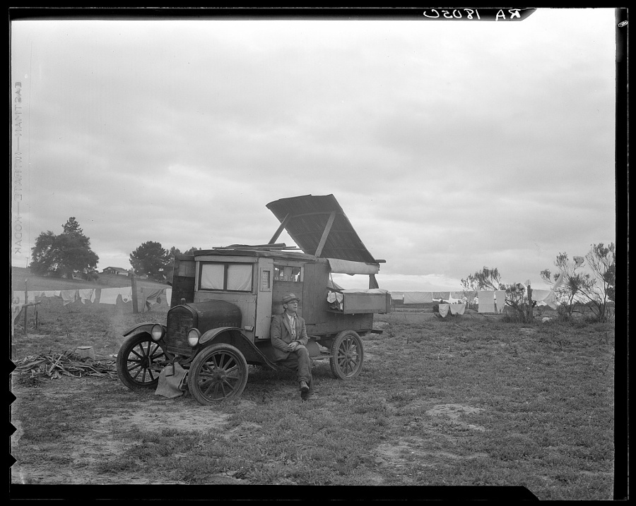 "Dorothea Lange, ""One pea picker's home. One-half mile off Highway 101 at Nipomo, California."" 
