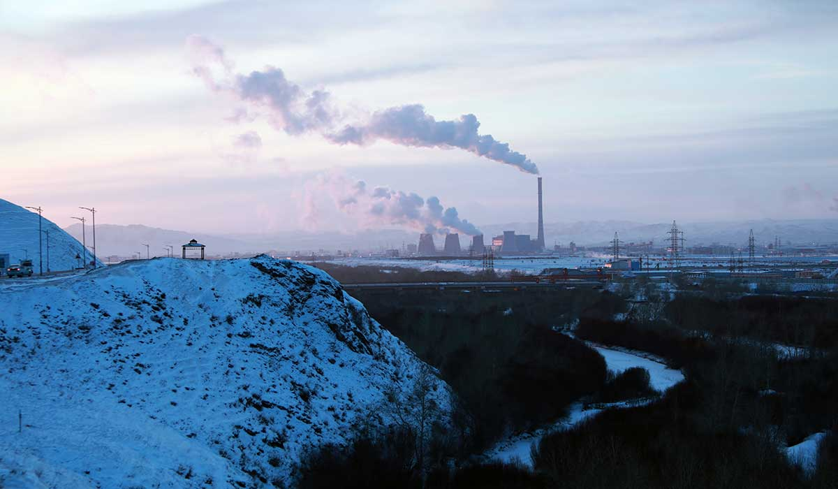 The WHO estimates air pollution causes more than 4,000 deaths a year in Mongolia. | Max Baring/Thomson Reuters Foundation