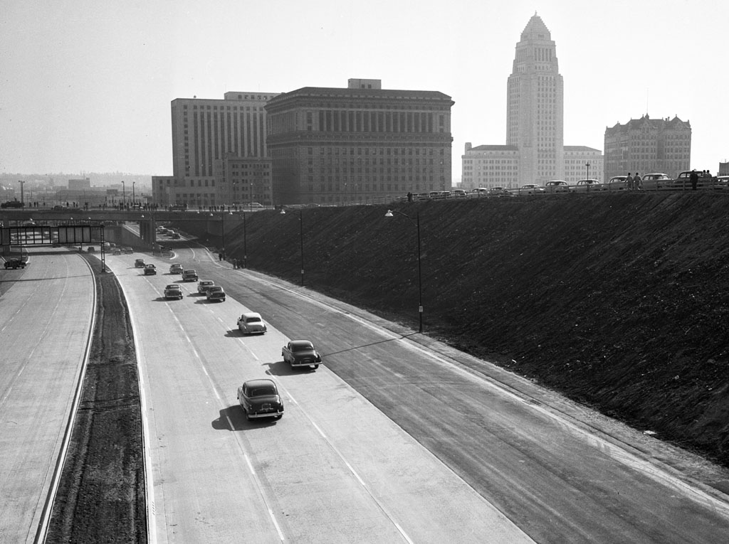 "A view of US-101's ""Downtown Slot"" segment shortly after its 1951 opening"