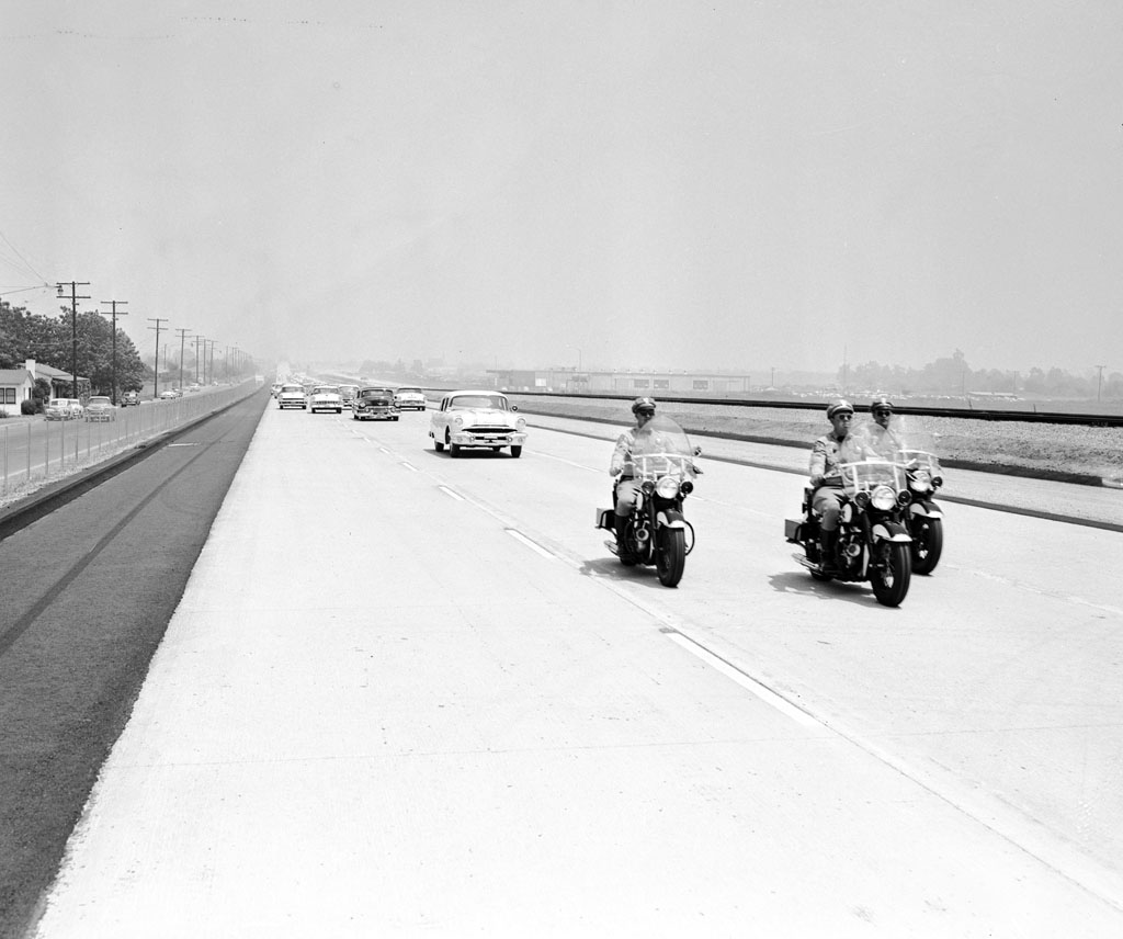 A view of the 1956 opening of the San Bernardino Freeway (I-10)