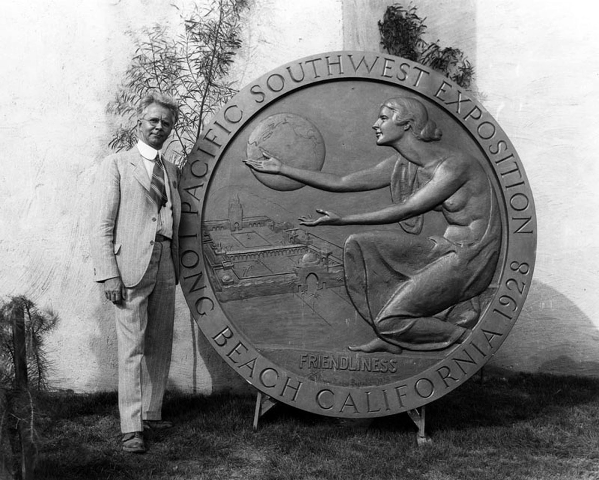 "Friendliness. The fair's medallion, designed by Roger Noble Burnham, proclaimed ""friendliness"" as the fair's motto. Photograph courtesy of Security Pacific National Bank Collection, Los Angeles Public Library"