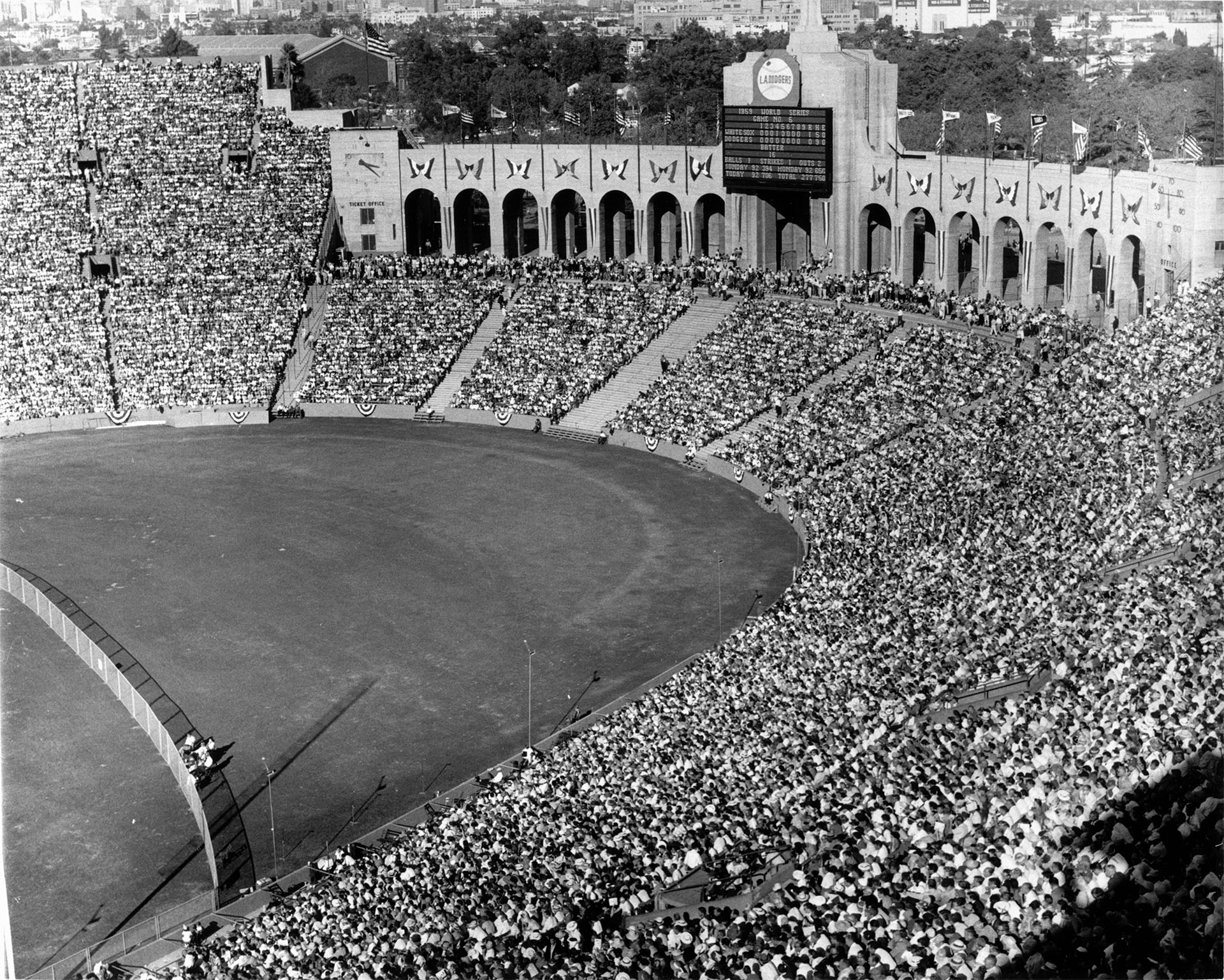 A full Coliseum for the 1959 World Series