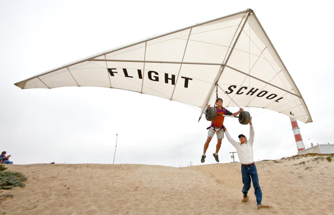 Hang Gliding Dockweiler State Beach (2)