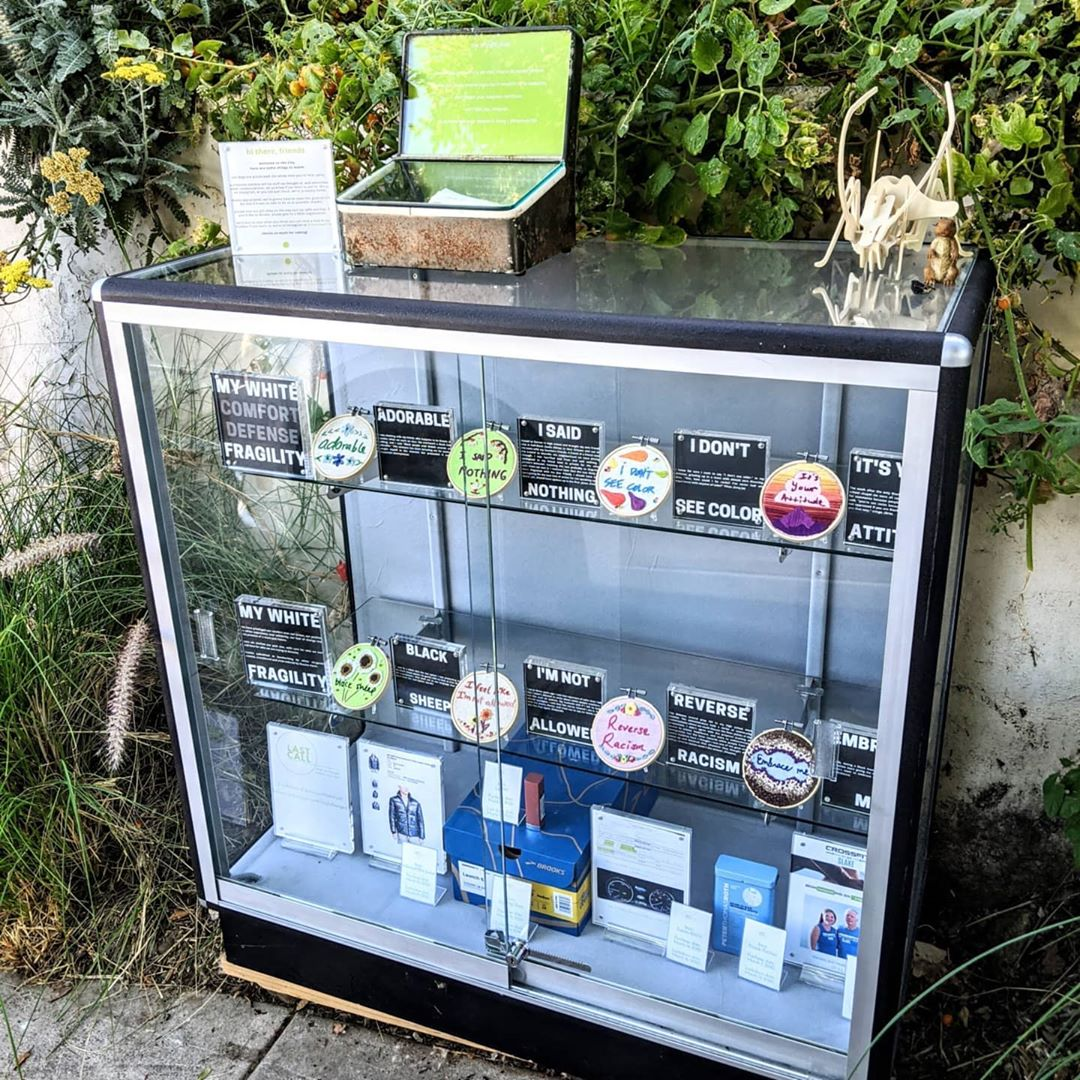 The Tiny museum in front of Naama Haviv's Highland Park home is a glass display case with rotating exhibitions | Courtesy of Tiny Museum