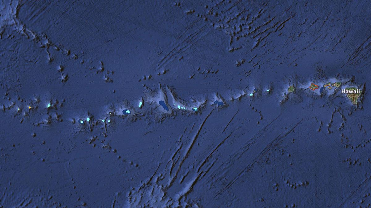 The reefs of the Hawai'ian Archipelago | Map: KCET/Google Earth/WRI