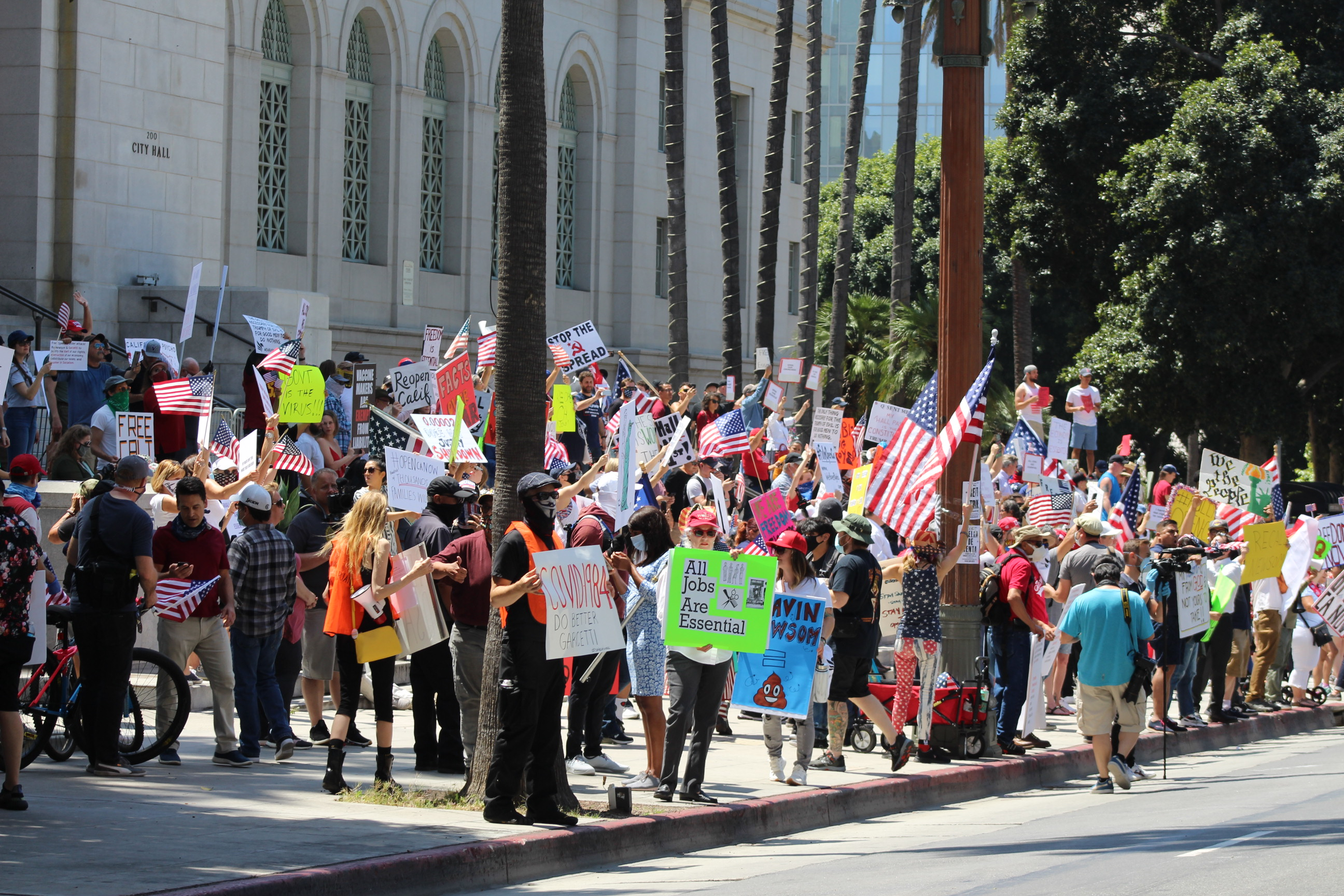 Anti-Stay-At-Home Protestors outside L.A. City Hall. | Karen Foshay
