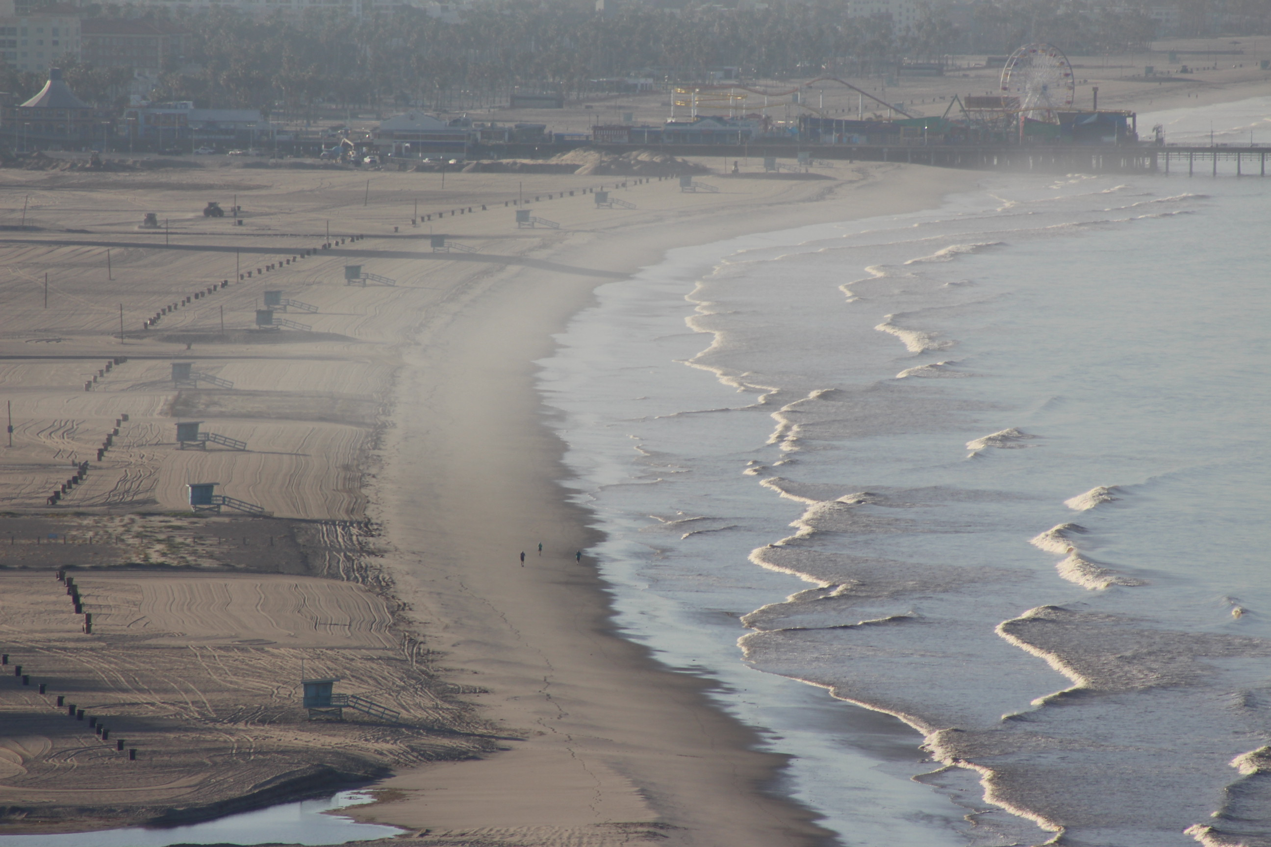 View of empty beach in Santa Monica and the pier on May 9, 2020 | Karen Foshay
