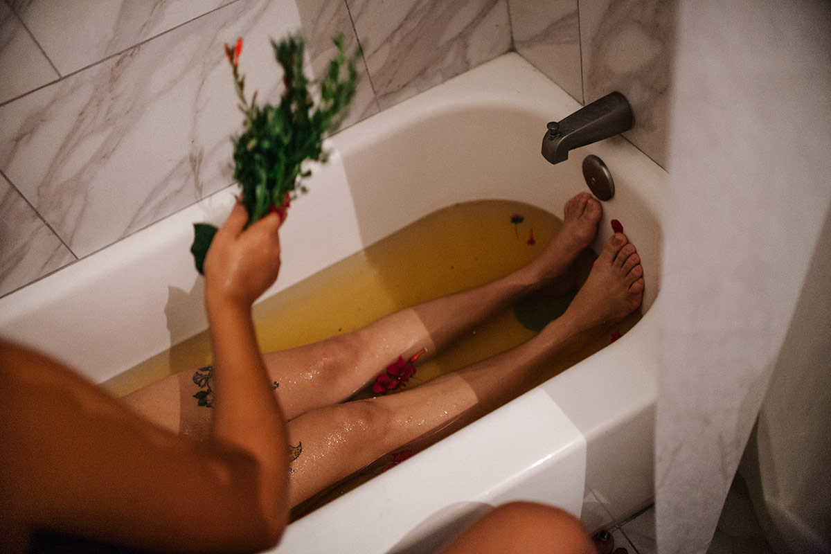 Panquetzani's herbal bath for new mothers has water infused with rose and calendula. | Samanta Helou Hernandez