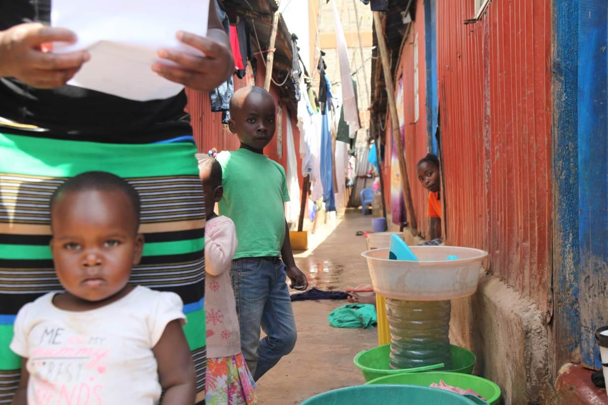 Residents in Kawangware informal settlement in Nairobi, Kenya on May 27, 2020.   THOMSON REUTERS FOUNDATION/Nita Bhalla